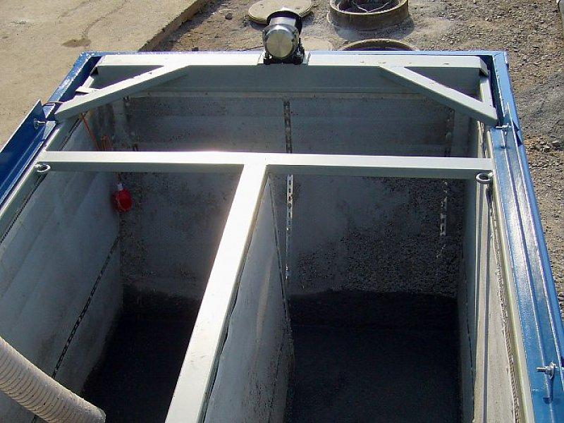 Rüttel-Container mit mittlerer Filtertrennwand