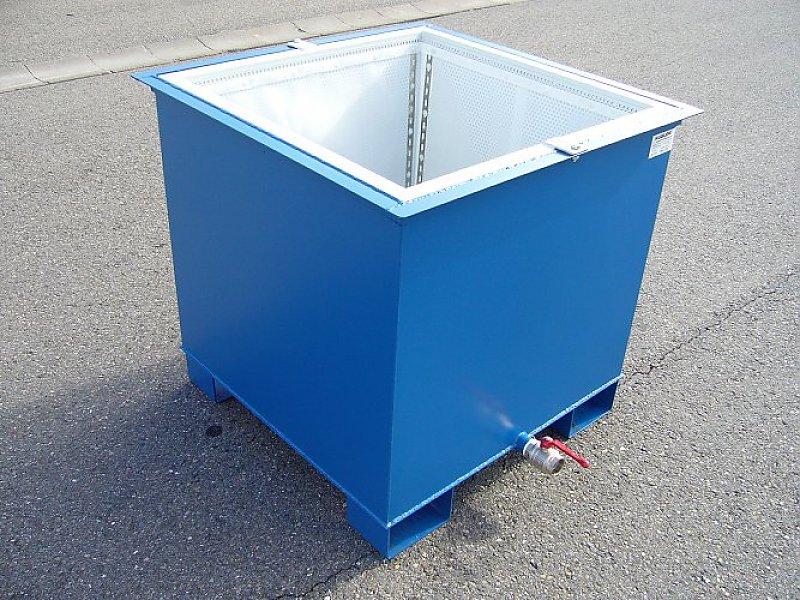 Entwässerungsbox mit unteren Staplertaschen