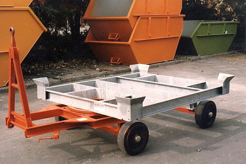 Verfahrwagen mit vollelastischen Vollgummirollen, Deichsel und Drehschemel